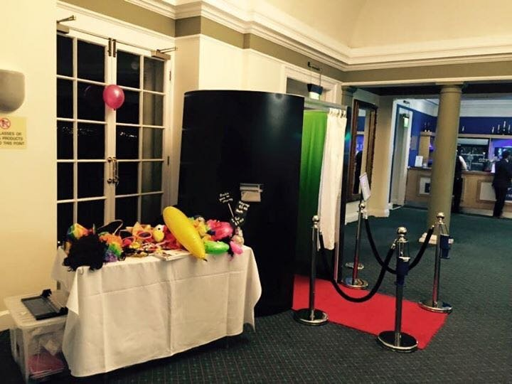Photo-Booth-Set-Up-S.O.M.-Photo-Booth-Hire-London